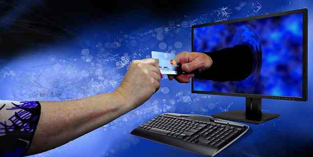 10 Interesting Credit Card Facts